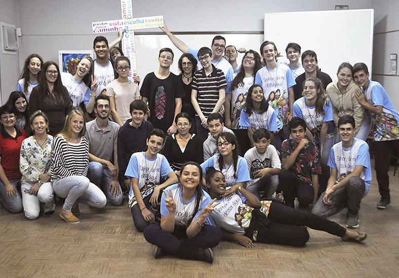 Alunos participaram da Animação Missionária Juvenil